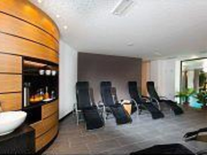 Alpine-City Wellness Hotel Dominik