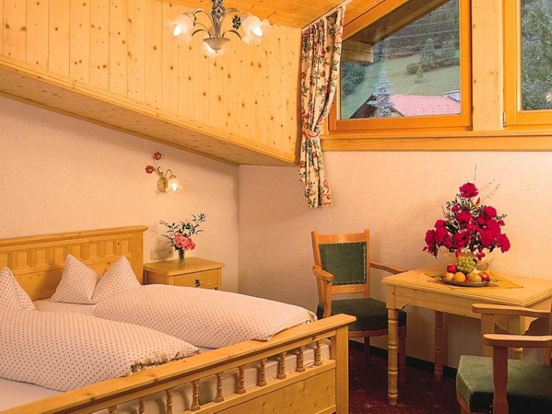 Hotel Basur