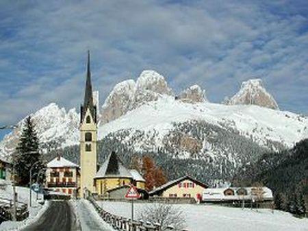 Lyžařské středisko Alba di Canazei - fotografie