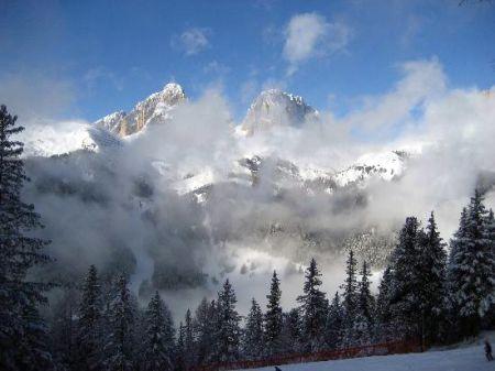 Lyžařské středisko Campitello di Fassa - fotografie