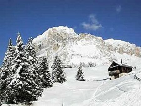 Lyžařské středisko Canazei - fotografie