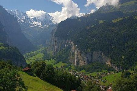 Lyžařské středisko Lauterbrunnen - fotografie